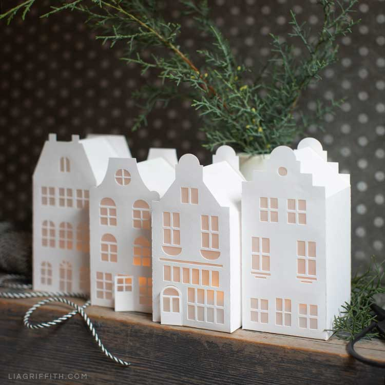 Paper_Dutch_House_Lanterns_1